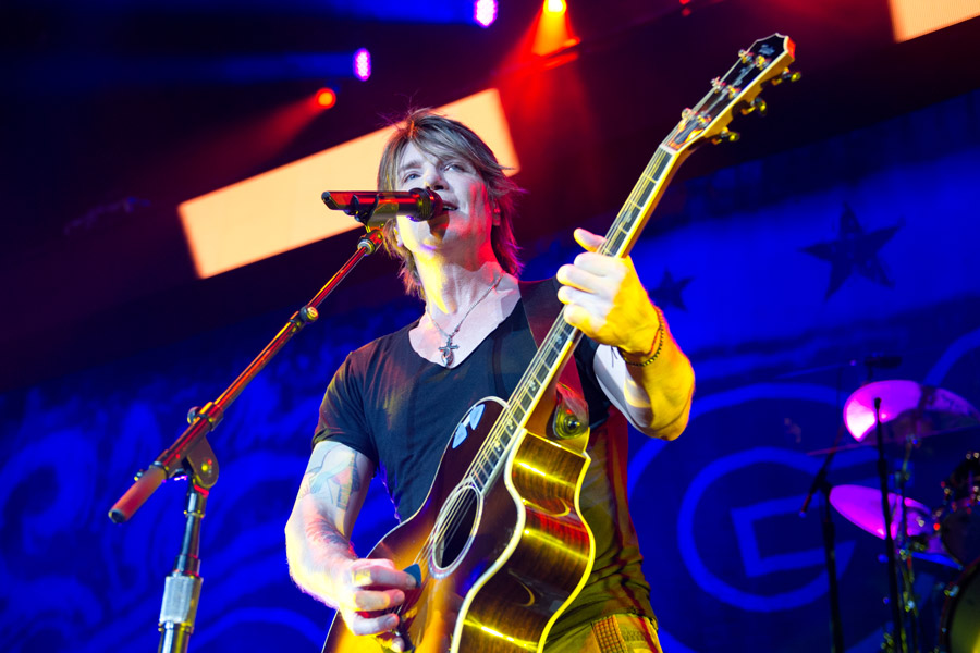 Goo Goo Dolls at Lakewood Amphitheatre