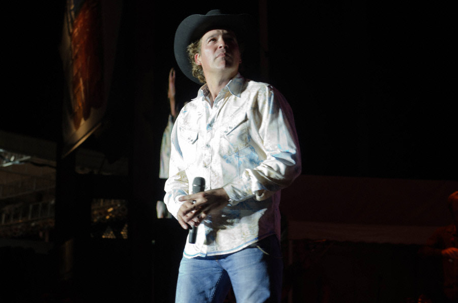 Clay Walker at Toadlick Music festival_