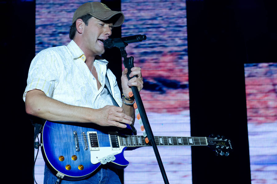 Rodney Atkins at Toadlick Music Festival